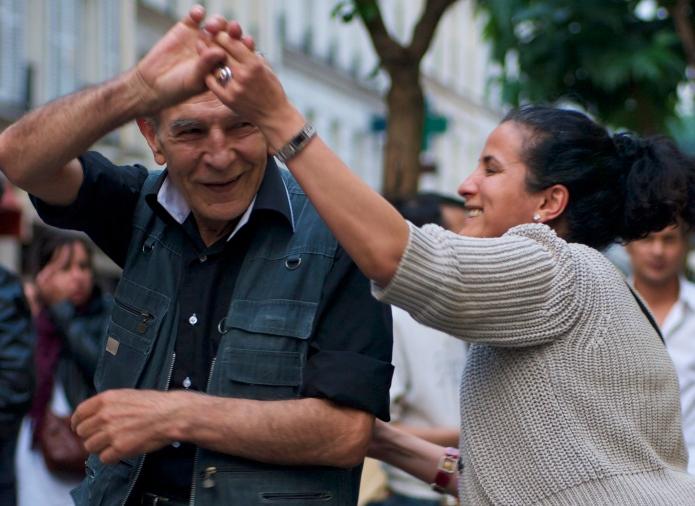 Dancing, dancing in the streets